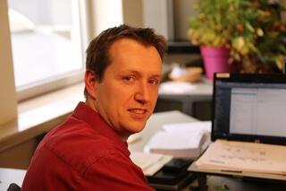 """Kris Van Snick, senior functioneel analist bij Jan De Nul: """"QlikView zorgt er an sich niet voor dat onze business super loopt maar door verbanden te leggen, kunnen we op termijn wel tot meer efficiënte oplossingen komen."""""""