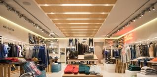 Praktische voordelen doen consument voor fysieke winkel kiezen