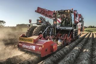 Dewulf-Miedema is de tweede grootste fabrikant van machines voor de aardappel- en groenteteeltsector.