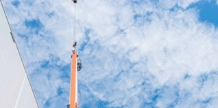 Hamat vergroot bulkopslag met 28 meter hoog kranenmagazijn