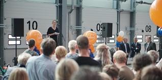 PostNL opent grootste pakkettensorteercentrum in Nieuwegein