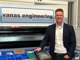 """Andy Van Mieghem, managing director bij Vanas Engineering: """"Al snel hebben we gemerkt dat de achterliggende software cruciaal is om het maximale rendement uit verticale liftsystemen te halen."""""""