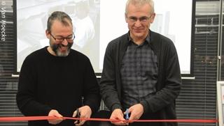 """CIO Paul Verhulst (rechts) en projectleider Frank Matthijs (links) na de implementatie van Microsoft Dynamics AX: """"Het oude systeem was eindig. Met de nieuwe ERP kunnen we blijven bestaan en snel inspelen op de veranderende vraag van klanten en leveranciers."""""""
