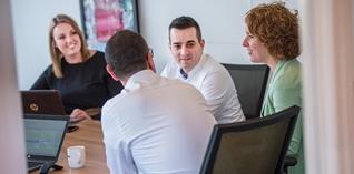 Tijd voor een carrièreswitch? Adviseer andere bedrijven met jouw sectorkennis tijdens hun digitale transformatie!