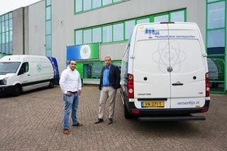 Directeurs Muhanad Alsalhi (links) en Leo Nolen (rechts). Vers & Fijn werkt al met Utrecht samen om in de binnenstad enkel met elektrische bestelwagens te leveren. Doordat Vers & Fijn bovendien orders bundelt, hoeven er minder voertuigen ingezet te worden en wordt het aantal gereden kilometers beperkt.
