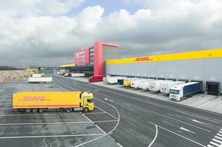 De nieuwe hub op Brussels Airport is tegelijk een internationale en een transitiehub. De internationale functie beantwoordt de behoefte aan meer capaciteit in het Europese distributienetwerk. De hub ondersteunt tegelijk de groei van e-commerce in België en helpt kleine en middelgrote ondernemingen met de afhandeling van exportverzendingen.