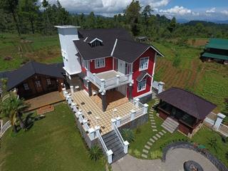 Onduline produceert lichte systemen voor dakbedekking.