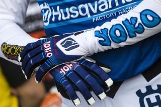 Vandaag heeft Technical Touch een ICT-infrastructuur die het als springplank kan gebruiken om zijn business te doen groeien, ook naar andere of aanverwante domeinen. Dat leidde alvast tot de oprichting van een volledig nieuw bedrijf: Yoko Europe. Dat legt zich toe op de import, distributie en verkoop van motorkledij, inclusief helmen en handschoenen, van het Finse merk Yoko.