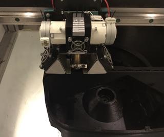 """Wesley Lorrez: """"Additive manufacturing is een goede oplossing om lage volumes te produceren. Voor een start-up is het moeilijk in te schatten hoeveel consumenten interesse in je product zullen hebben. Het is dus belangrijk om flexibel te zijn, wat met 3D-printen perfect mogelijk is."""""""