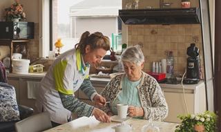 Familiehulp gelooft in de capaciteit van haar medewerkers en wil die ten volle benutten. Door in de toekomst via de mobiele app de verantwoordelijkheden lager te leggen, kunnen medewerkers sneller en accurater op de vragen en noden van de klant inspelen.