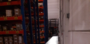 Transportsystemen zorgen voor magazijnoptimalisatie bij FLOS