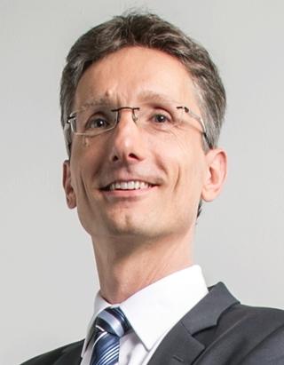 """Prof. dr. Kees Jan Roodbergen, Rijksuniversiteit Groningen: """"Uit de omschakeling van groei naar winstgevendheid valt heel veel te verklaren van wat er vandaag in e-commerce gebeurt, ook op het vlak van logistiek."""""""