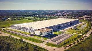 Door het Europees distributiecentrum mee te betrekken in het EPONA-verhaal vergrootte niet alleen de scope, maar ook de complexiteit van het project.