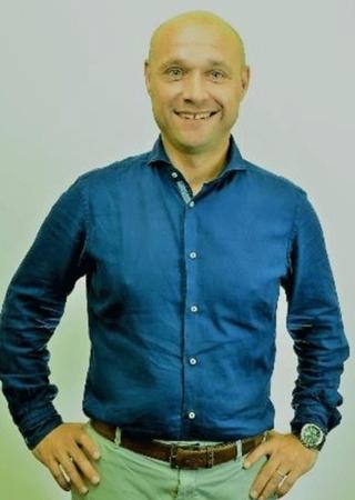Roland van Bussel