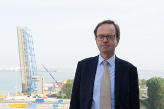 """Patrick Van Cauwenberghe, trade facilitation director, Port of Zeebrugge: """"We merken bijvoorbeeld dat zich door de nakende brexit nu al een modal shift voordoet in de trafiek met Ierland."""""""