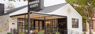 In april zette Kendra Scott samen met Manhattan Associates ook het concept 'Buy Online Pick-up In Store (BOPIS)' op. Dat project kon eveneens snel worden uitgerold.