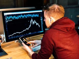 We zien nu al een shift richting meer datageoriënteerde profielen. Gekoppeld aan het nodige businessinzicht, kunnen die specialisten die data linken aan de noden van de klanten.