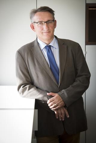 """Geert Frans, docent en zaakvoerder van GC Advice: """"Er zijn nieuwe taken en verplichtingen voor de vervoerders, bestuurders, verpakkers, verladers en verzenders. De verantwoordelijkheid verschuift meer richting de verlader."""""""