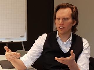 """Luc Baetens, partner en Industry Team Lead Link bij Möbius: """"Alle technologie die nodig is om een driverless supply chain in de praktijk te brengen, is vandaag beschikbaar."""""""