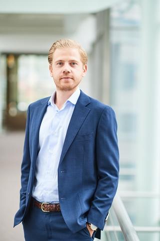 Luc Van Ostaeyen is senior director binnen de Management Consulting practice van PwC. Zijn focus ligt op supply chain network design, transport management en warehouse operations.