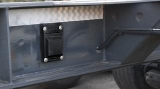De Hydrogen trackers van Suivo zorgen voor de opvolging van de locatie van alle tachtig containerchassis.