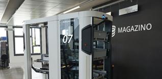 Magazino rust mobiele robot uit met inductief batterijlaadsysteem