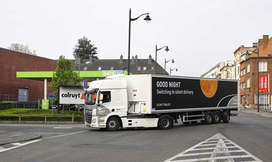 Colruyt Group zorgt voor eerste stille levering met elektrische truck