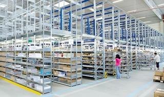 Flexibele combinatie van legbordstellingen, stukgoeddoorrolstellingen, palletstellingen en meerverdiepssysteem.