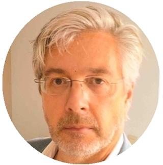"""Kris Neyens, manager Internationalisation bij VIL: """"De verstoring van de operationele organisatie is dan weer een belangrijke drempel om te investeren in koolstofarm transport. Als een van de belangrijkste belemmeringen halen de respondenten het beperkte aantal laad- en tankstations aan."""""""